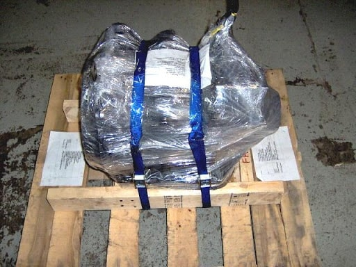 Shrink Wrapping Engines To Pallets